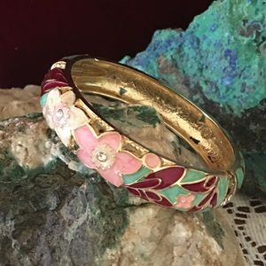 Gorgeous Floral Bracelet